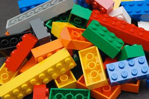 Lego Club (Ages 5-10