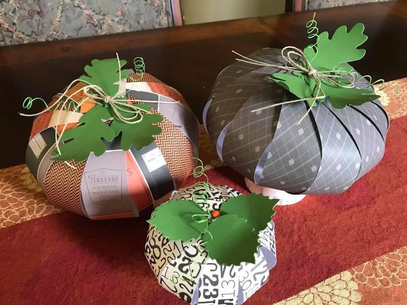 Paper Pumpkins by Pa