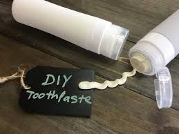 DIY Club: Toothpaste